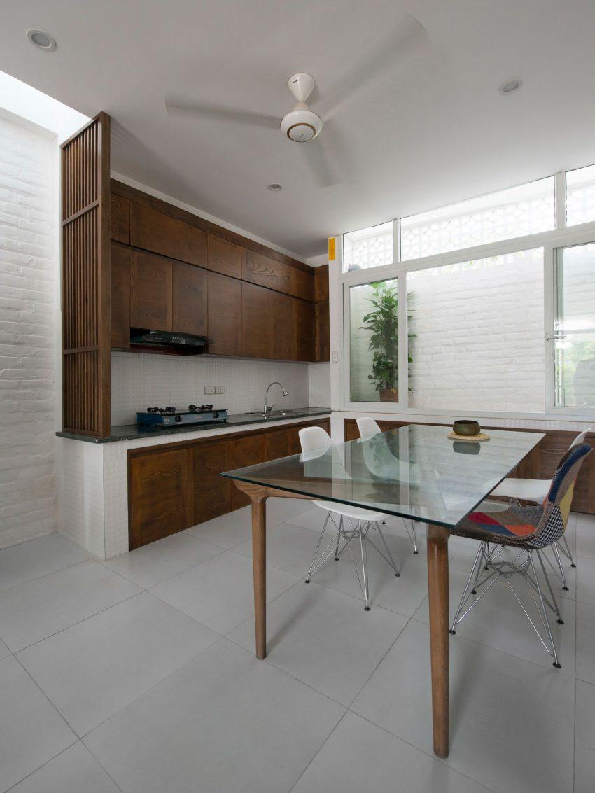Binh-House-10-850x1133