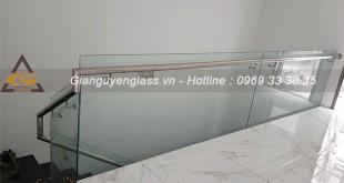 cau-thang-kinh-tay-vin-inox-1